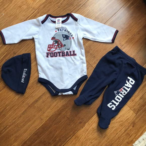 a610838f1 NFL Matching Sets | Baby Boys New England Patriots Outfit | Poshmark
